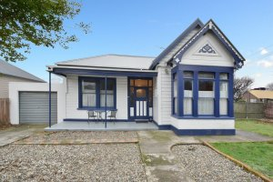 * Now SOLD * A Cosy Villa On Corner Section
