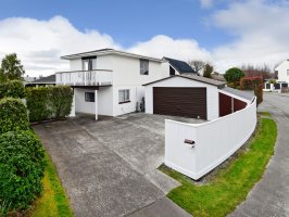 Five Bedrooms…. Family Home or Investment