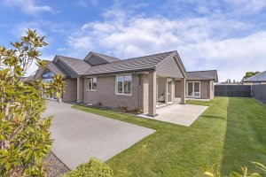 Up Spec'd Show Home With The Wow Factor