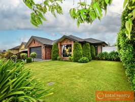** UNDER OFFER ** Executive Home With One Careful Owner
