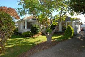 READY AND WAITING - JUST FOR YOU. Neg over $299,000