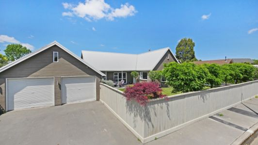 Perfect Solid Built Family Home
