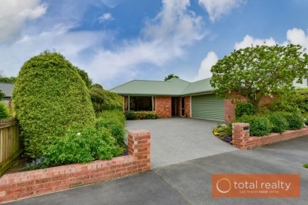 Immaculate Home In Quiet Location