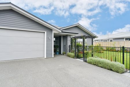 UNDER OFFER - Impeccable Home You Will Be Proud To Own