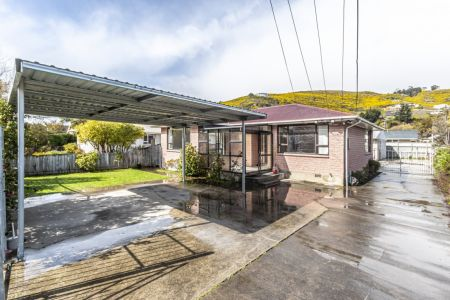 Unique 2 Home Opportunity – On One Title