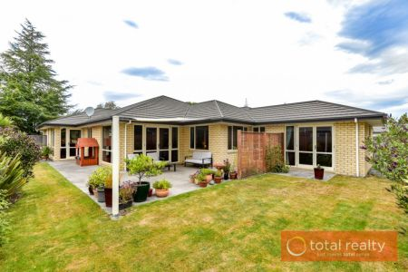 Spacious Family Home With Five Bedrooms