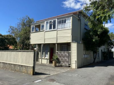Huge House, Huge Potential, Close to the City Centre