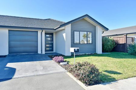 Quality Home Overlooking Reserve
